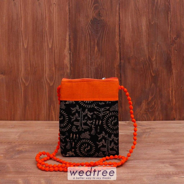 Sling Bag With Warli Print - W4042 Bags