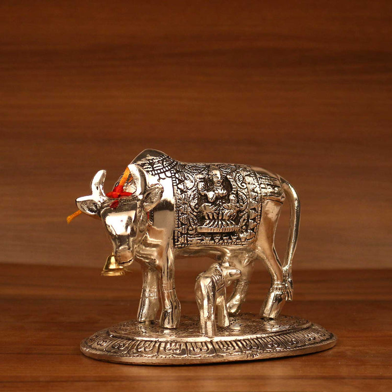 White metal Oxidised cow and calf - 6X5