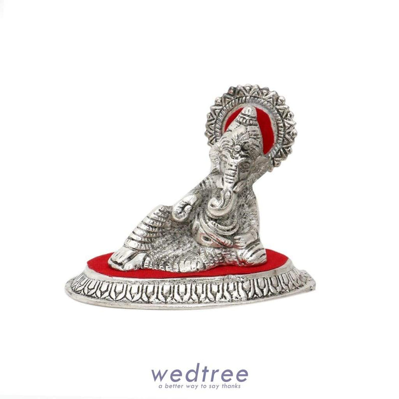 White Metal Masand Ganesha Small Divine Return Gifts