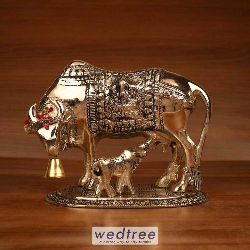 White Metal Oxidised Cow And Calf - 7.5X7 Home Decors
