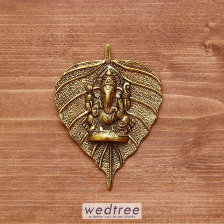 White Metal Pipal Leaf Ganesha Gold Finish - W3972 Home Decors