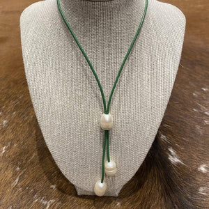 Leather and Pearl lariat necklace green #317