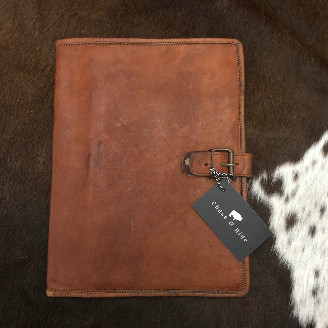 Leather A4 folio with buckle