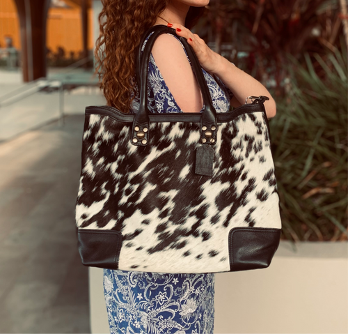 The Alexandria Handbag black