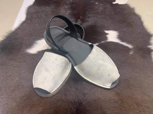 Cowhide Shoes Sling back 42