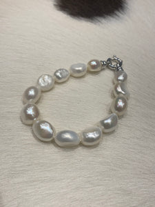 Potato pearl bracelet with silver clasp #644