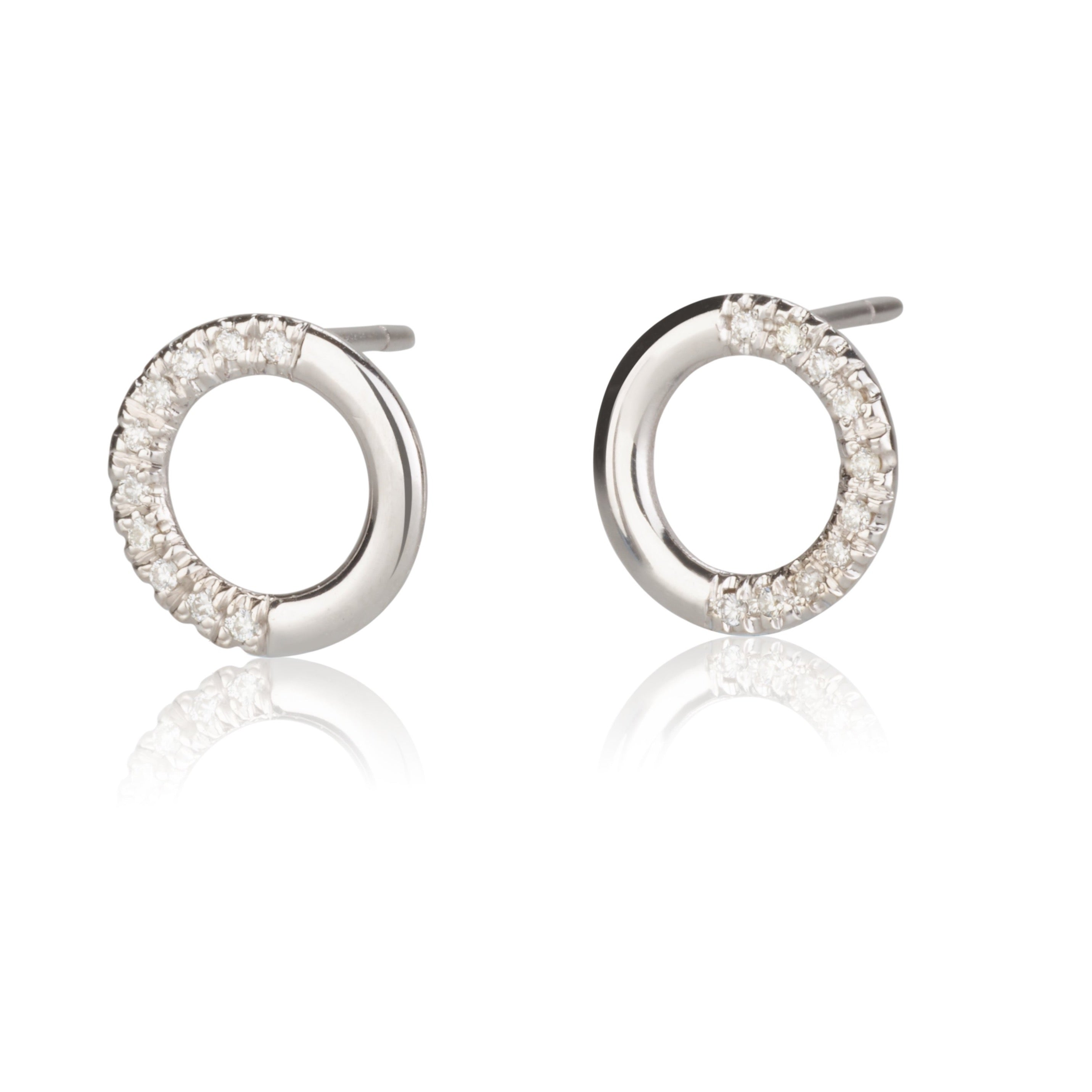 Half & Half - Perfectly Rounds Set With Diamonds