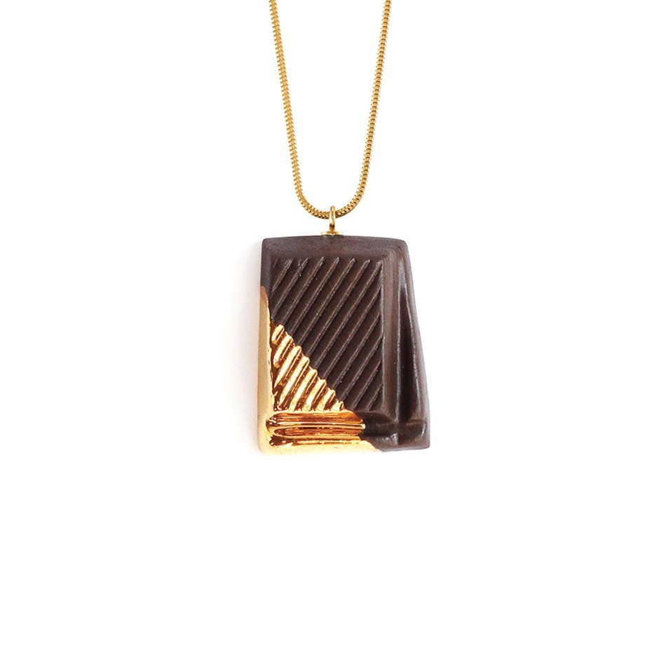 TADAM! Dark Chocolate with Gold Glaze