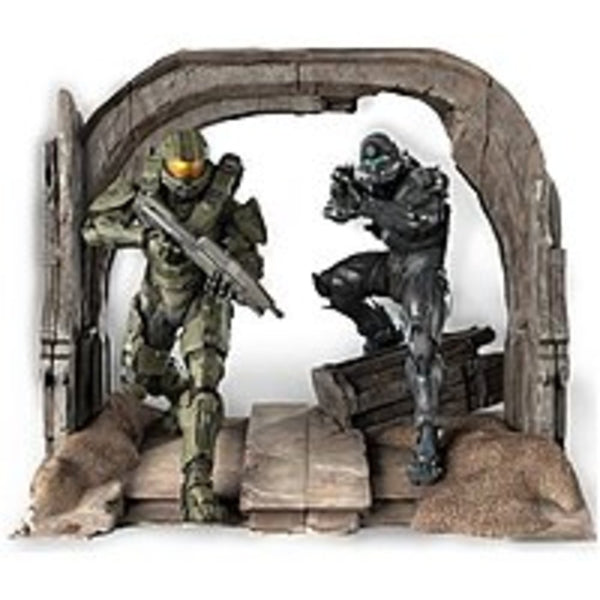 FS Microsoft CV4-00004 Halo 5 Limited Collectors Edition - First Person Shooter For Xbox One - Commemorative Statue of the Master Chief and Spartan Locke by TriForce - Digital Download - No Disc