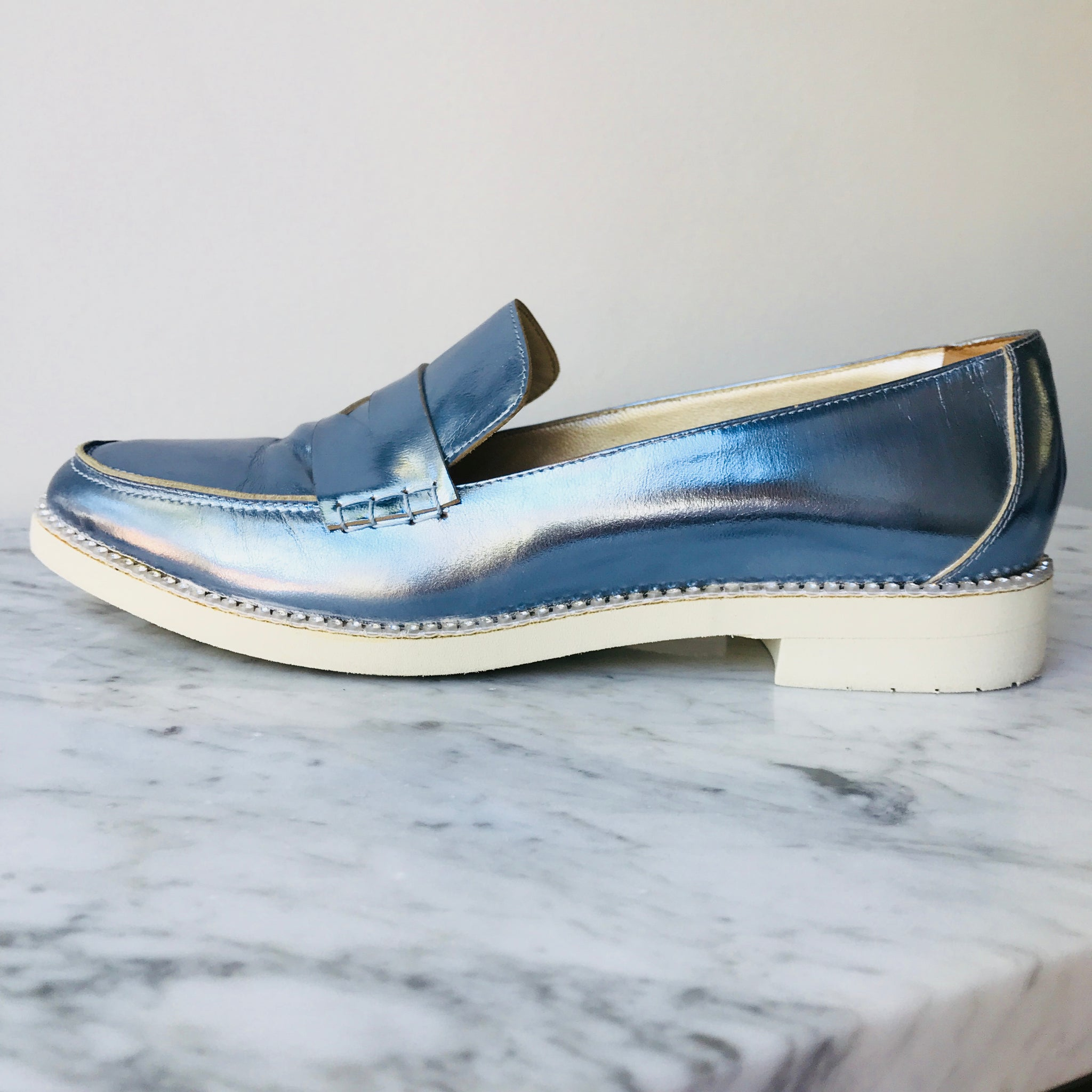 Oscar de la Renta Metallic Blue Loaffers (38.5; fit 39)