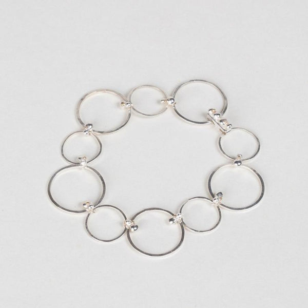 Modhemia Form Link Bracelet Closed