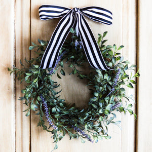 Mini window wreath