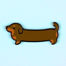 Weenie Dog Pin - Short Coat Bicolor Chocolate/Tan - Flea Circus Designs