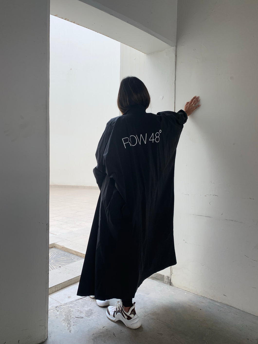 BLACK OVERSIZED BACK LOGO COAT