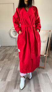 RED SIDE-LOGO TRENCH COAT