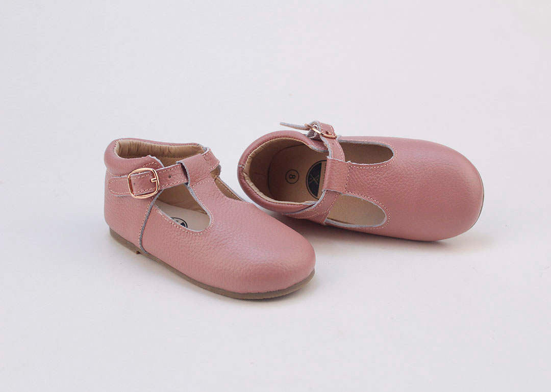 Baby-shoes-for-girls
