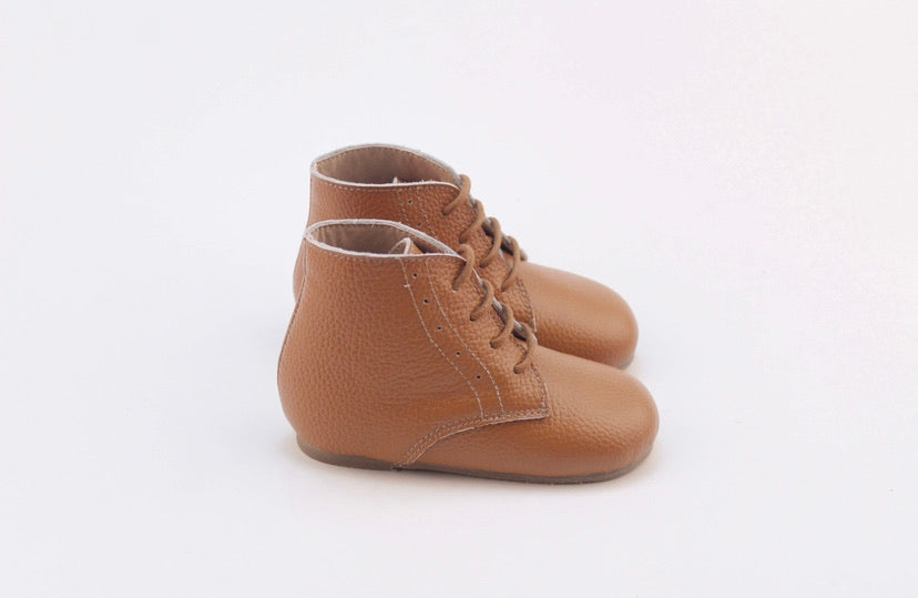 Vintage Lace Up Boot - New Tan