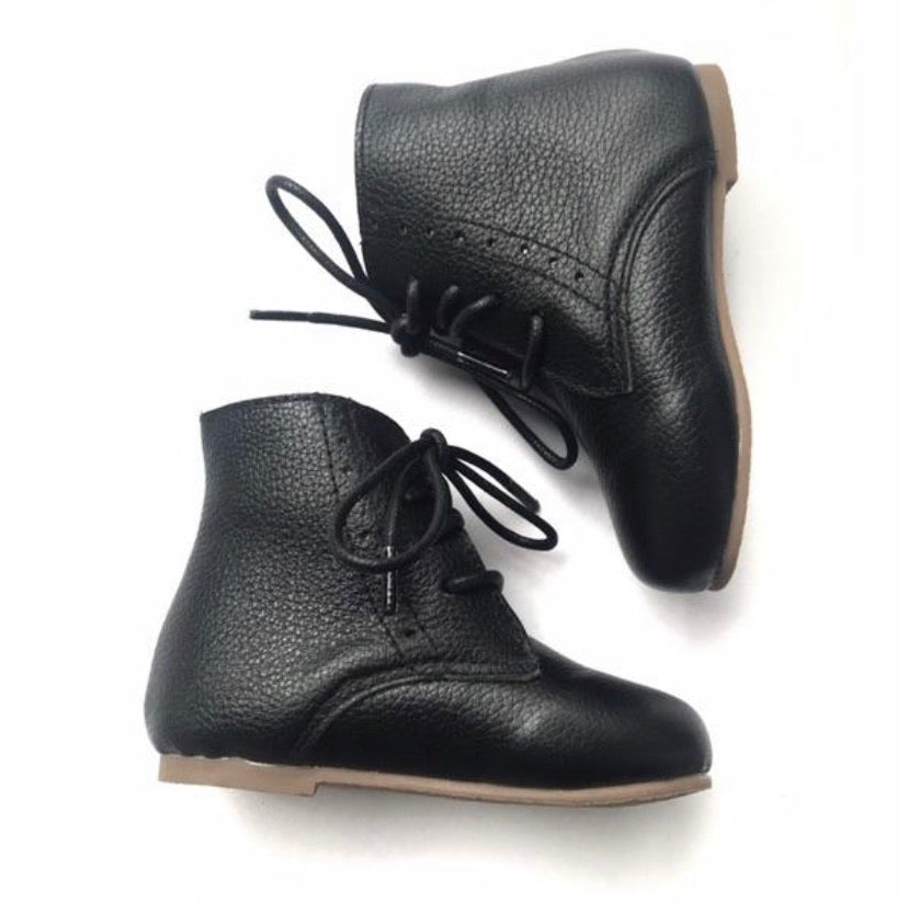 Vintage Lace Up Boot - Black
