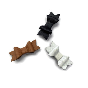 Leather bow hair clip