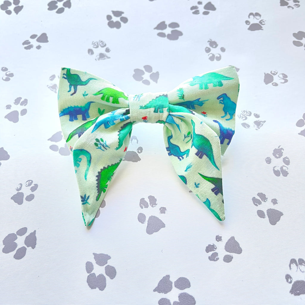 Dinos in Mint Sailor Bow