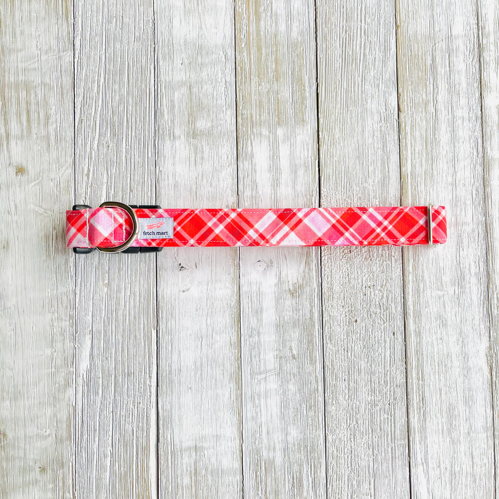 Valentine's Plaid Collar