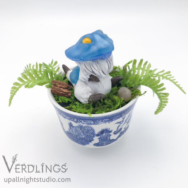 Dishware Terrarium - Mini Shroomling (Blue)