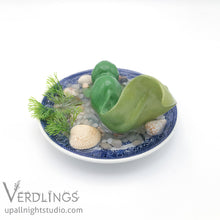 Dishware Terrarium - Mini Kelpling (Bright Green)