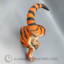 Baku Wall Mount - Tiger Rear Legs
