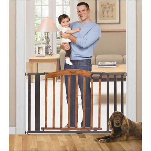 Stylish & Secure Wood & Metal Expansion Gate