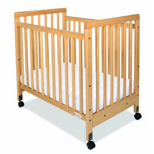 SafetyCraft Compact Fixed Side Crib