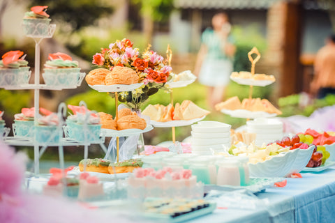 food table with cupcakes