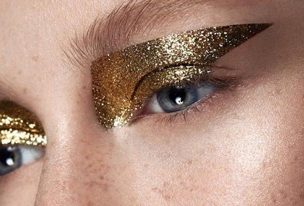 Trend on trial: did someone say All that glitter isn't gold?? Trend on trial: All that glitters!!!