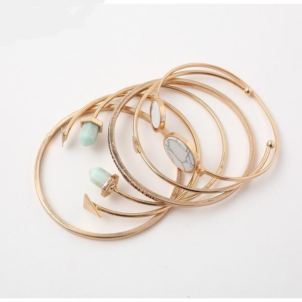 Maddy Multilayer Bracelet - Studio Runway