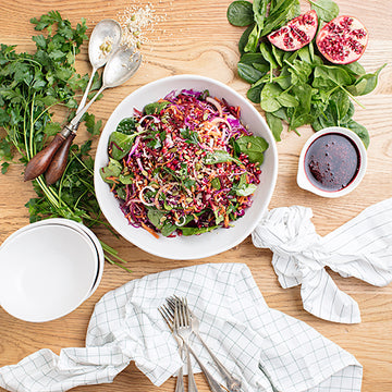 Toss & Go™ Beet, Pomegranate & Chia Raw Slaw