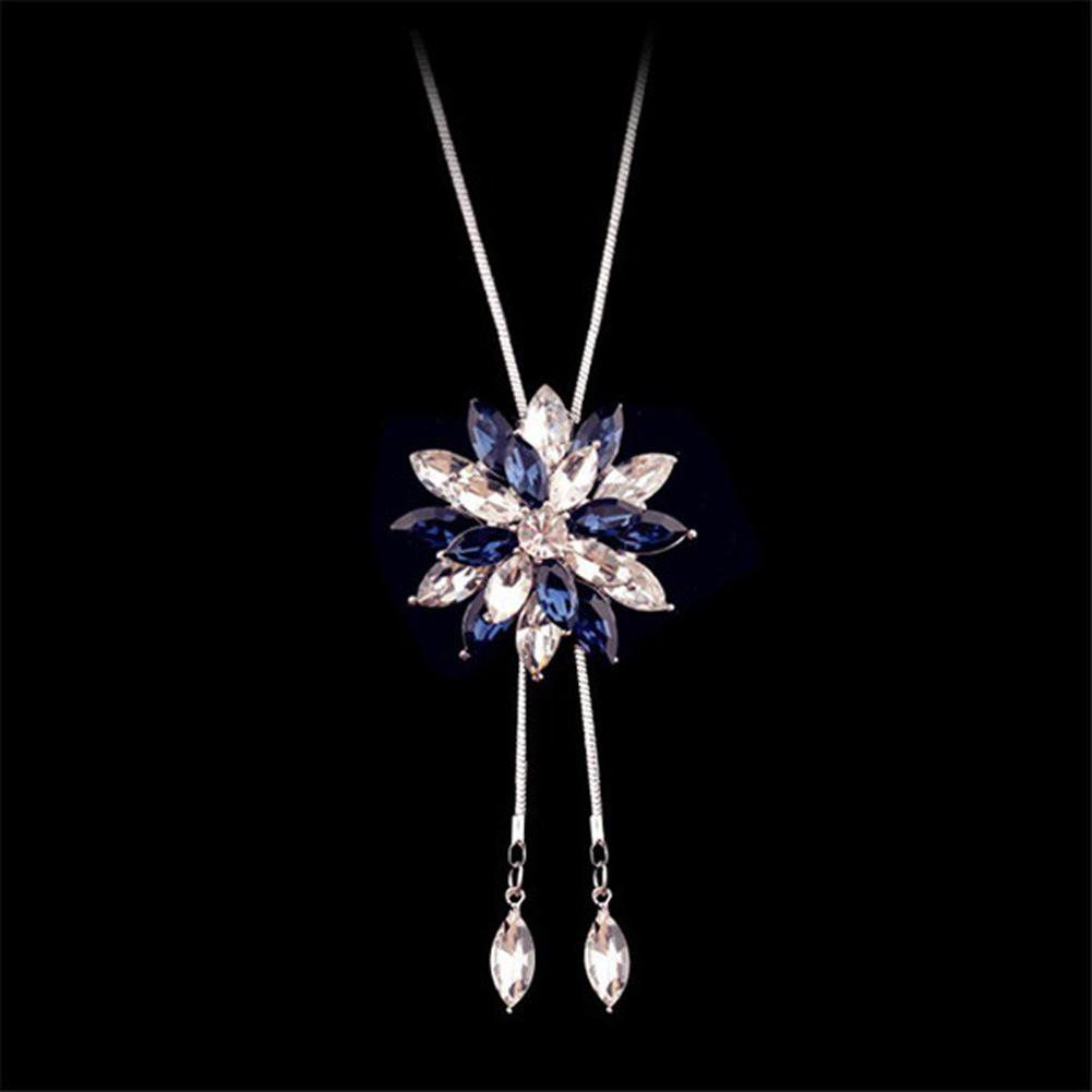 Necklace - Zircon Crystal Snowflake Rhinestone Flower Pendant Necklace
