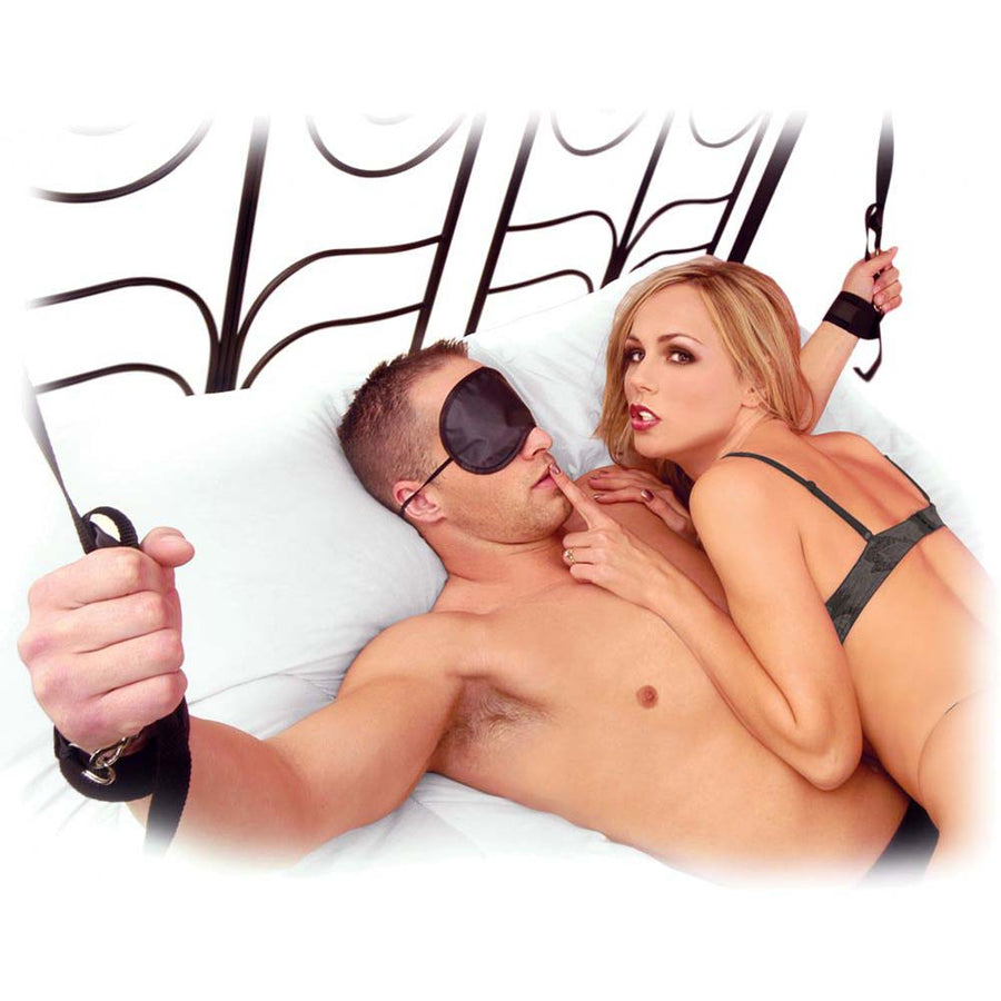 Pipedream Fetish Fantasy Wrist Handcuffs and Ankle Cuffs and Tether Set for Lovers Black