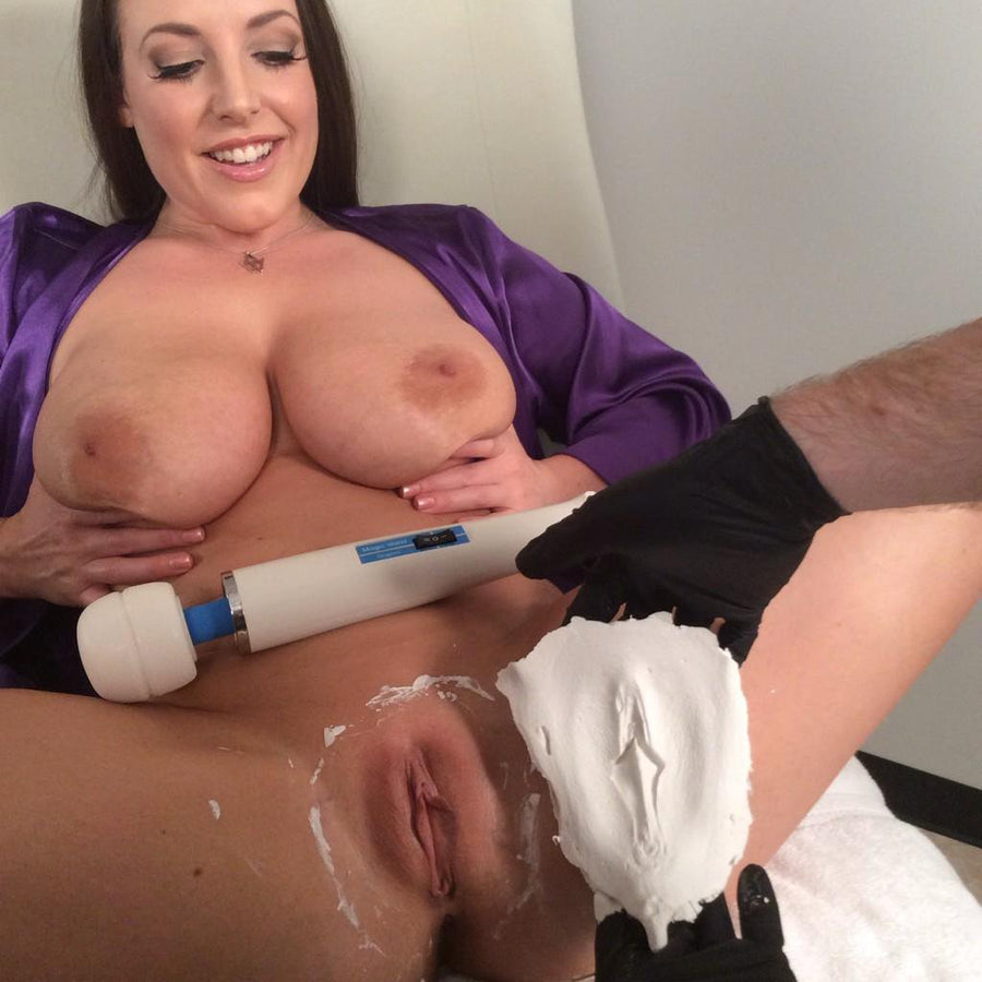 Fleshlight Girls Angela White Vagina Sensation Indulge Textured Male Masturbator
