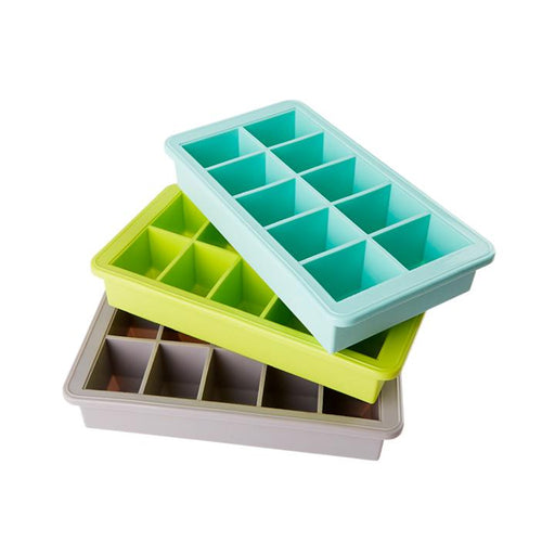 Silicone Tray with Large Cubes