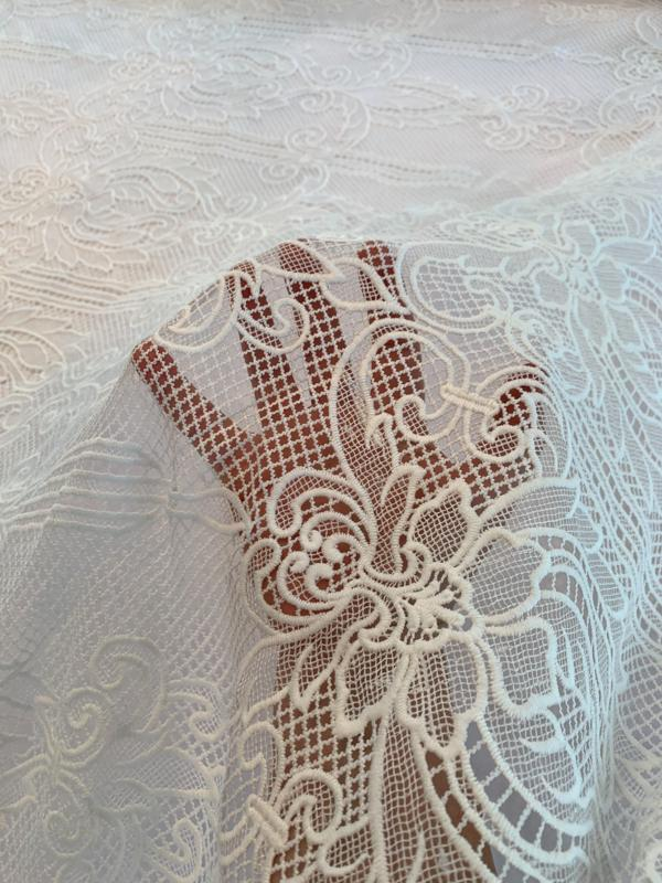 Double-Scalloped Regal Design Guipure Lace - White