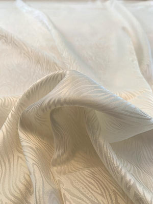 Animal-Like Abstract Silk Jacquard - Ivory
