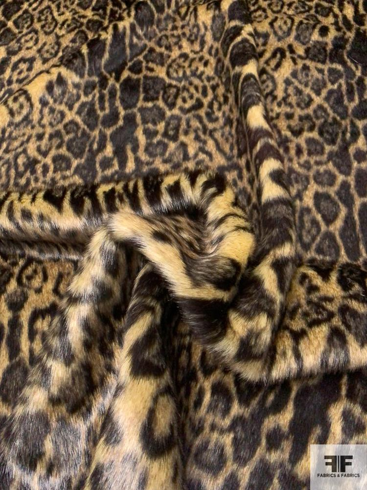 Leopard Pattern Faux Fur - Brown / Black
