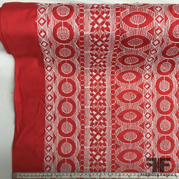Geometric Embroidered Cotton - Red/White