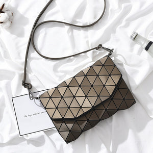 Triangle Shard Pattern Clutch Handbag - Succulent Treasure