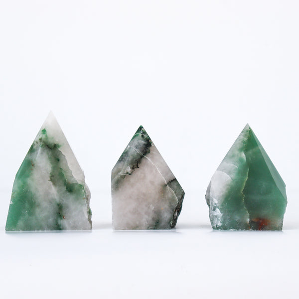 GREEN AVENTURINE STANDING POINT