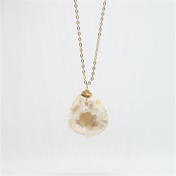 Gold Morrocan Geode Necklace