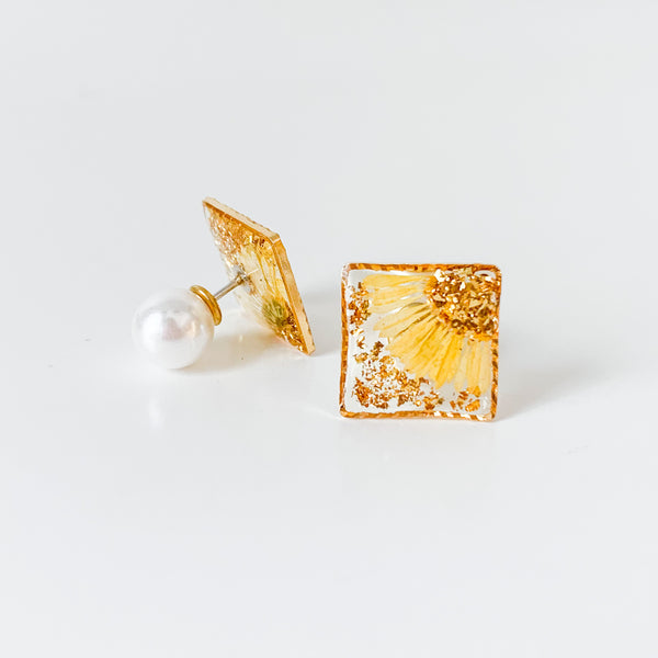 Square Studs with Pearl Earnuts