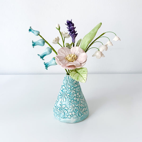 English Cottage Vase Set