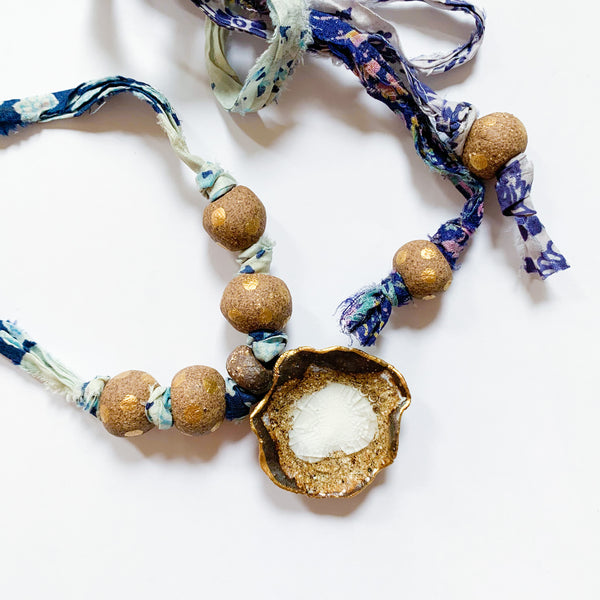 Necklace Oyster Collection/White