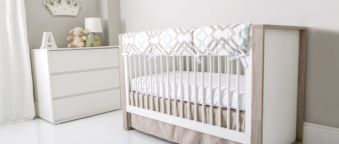 P'kolino Grigio Convertible Crib - Artfully made in Europe