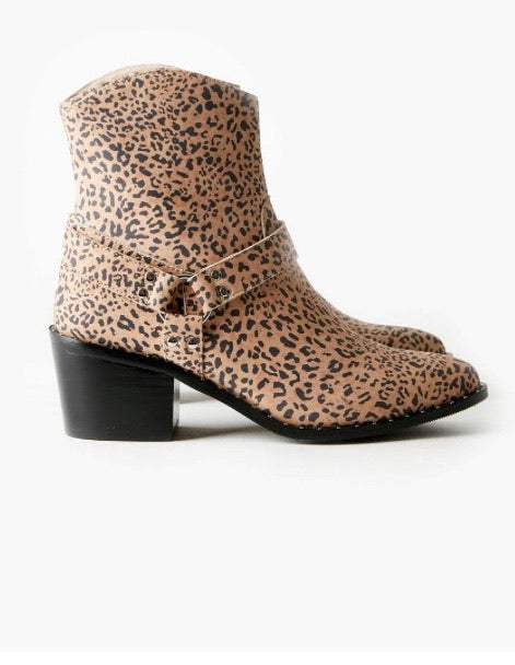 WESTERN BOOT TAN LEOPARD